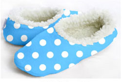 Snoozies Blue Dots Foot Coverings